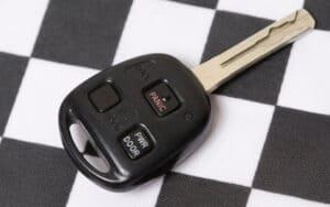 קידוד מפתח לרכב ברמת גן מנעולן ברמת גן פורץ מנעולים זול אמין ומקצועי